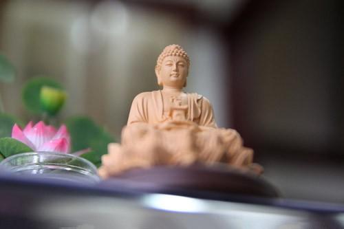 念佛人的四类朋友