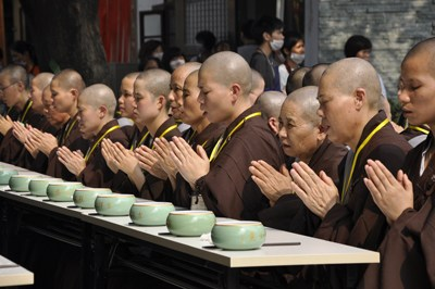 漫谈佛教的斋饭