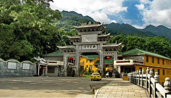 为何寺院大门叫「山门」或「三门」